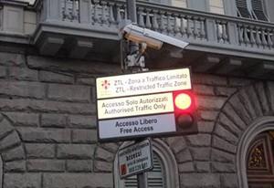 Ztl-Parcheggiare-Nel-Centro-di-Firenze-Garage-Sole2