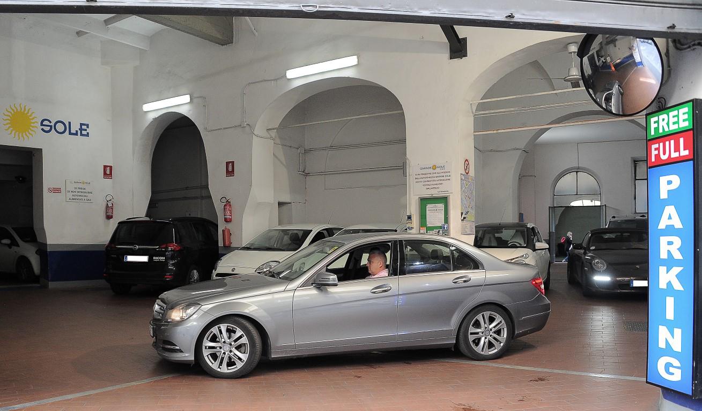 Garage-Sole-Parcheggiare-nel-Centro-Di-Firenze7
